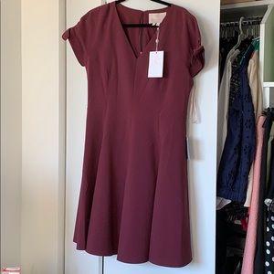 Maroon short sleeved dress